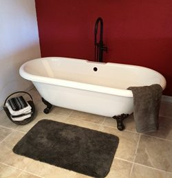 70″ Acrylic Double Ended Tub with 7″ Faucet hole Drillings & Oil Rubbed Bronze F ...